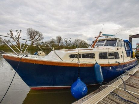 1983 Mitchell 28 SEA WARRIOR