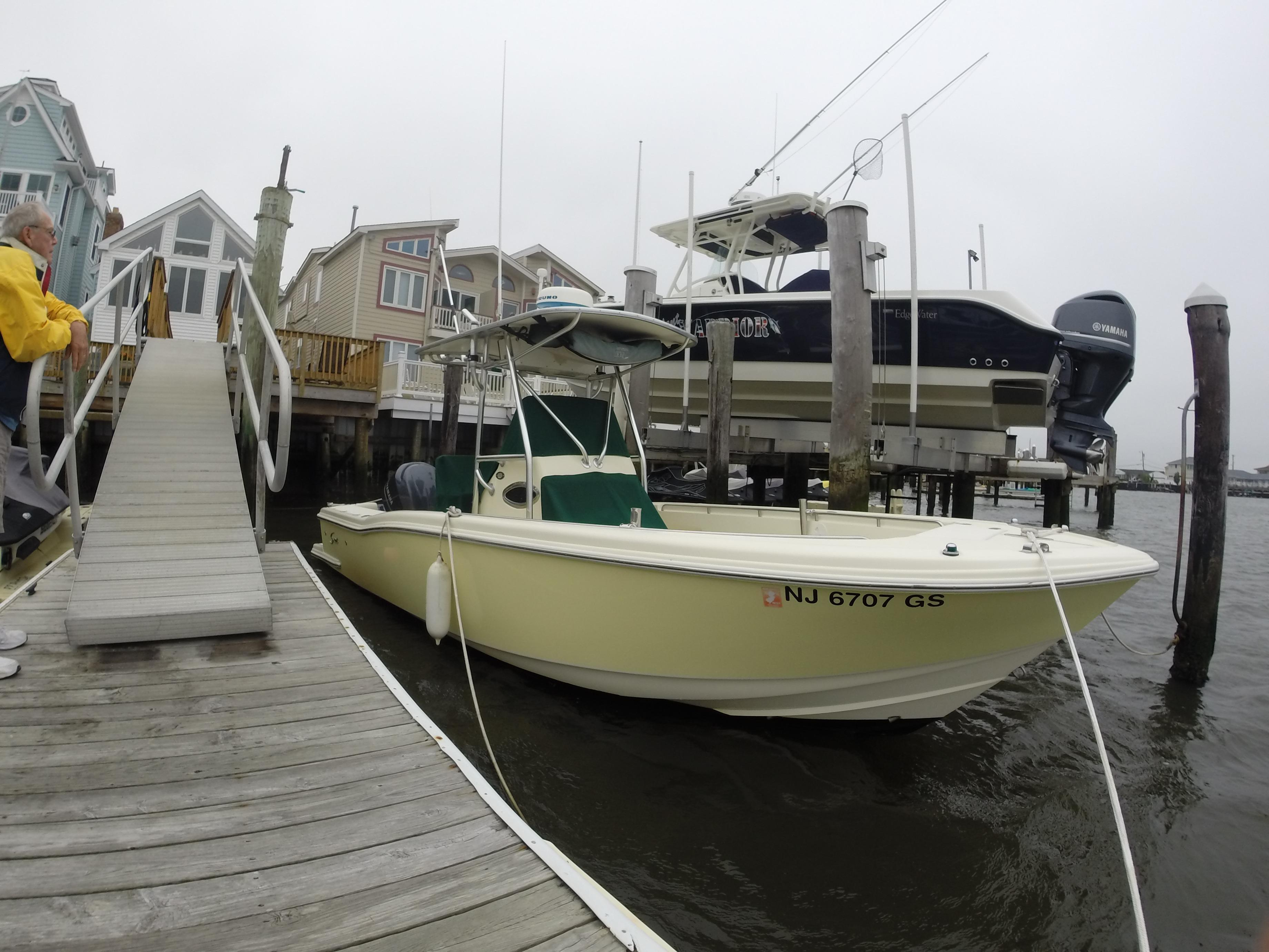23 ft 2003 scout boats 235 cc w/ 2012 yamaha f250