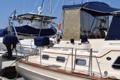 photo of 46' Island Packet 445