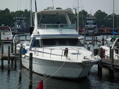 1989 Sea Ray 440 Flybridge Convertible