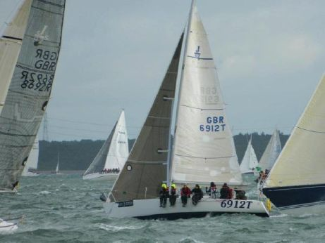 1999 J Boats J/92
