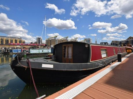 2006 Wide Beam 60ft with London mooring
