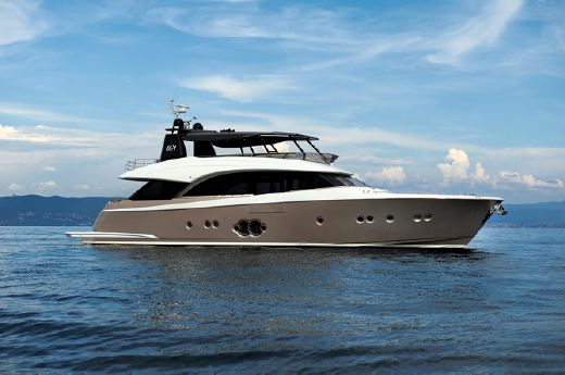 2015 Monte Carlo Yachts MCY 86