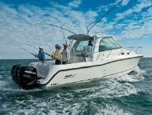 "2008 Boston Whaler "" 345"" Conquests"