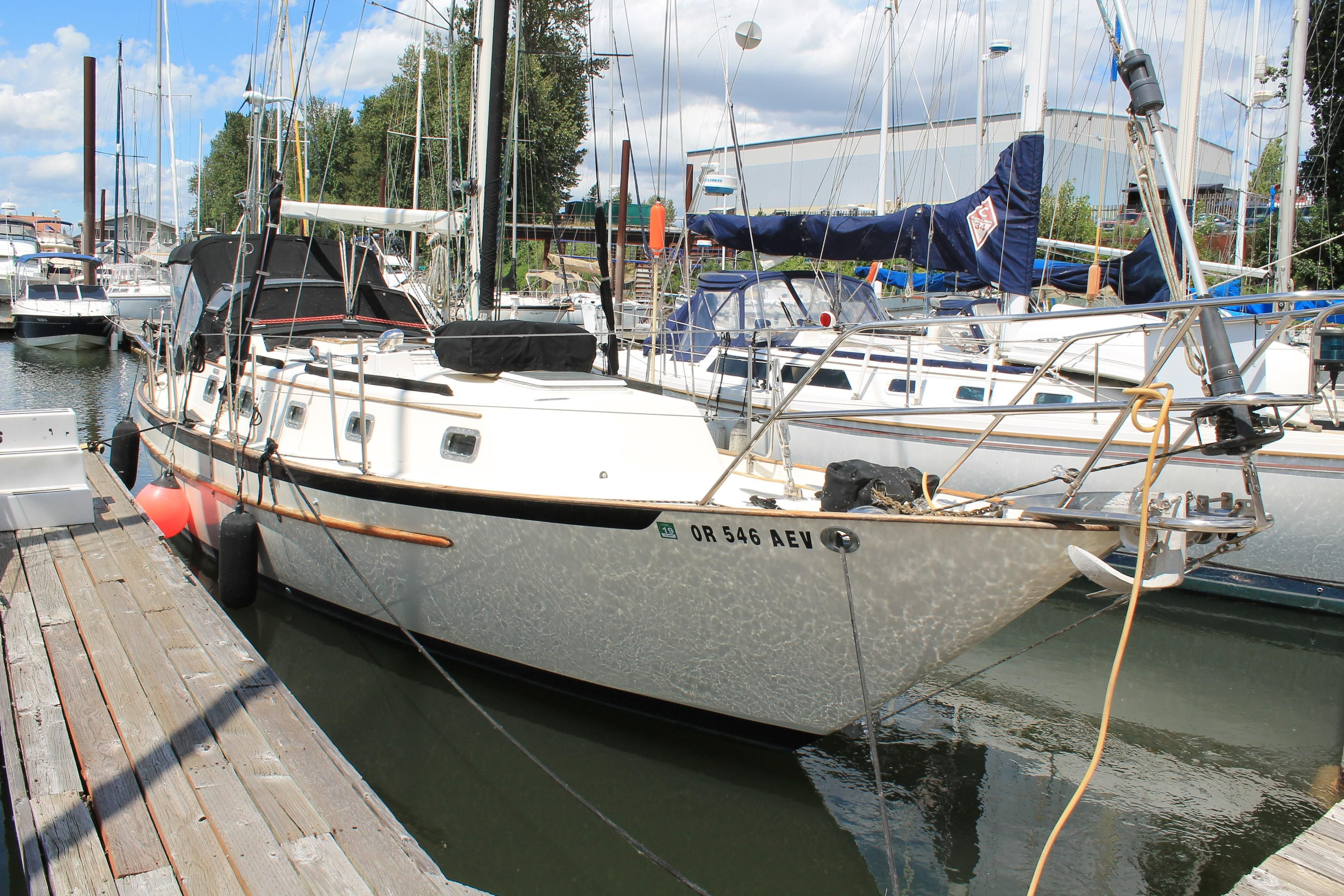 1999 Pacific Seacraft 37 Sail Boat For Sale - www yachtworld com