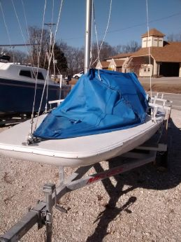2004 Melges MC 2287