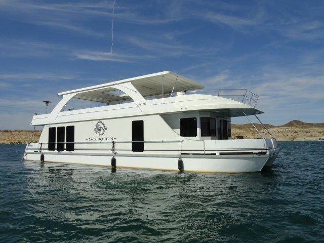 2008 Desert Shore Yachts 70 X 18 Houseboat Power Boat