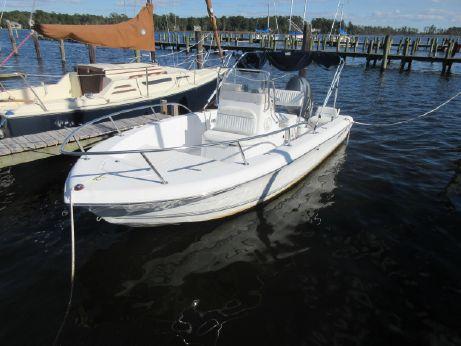 2004 Sea Pro 190 Center Console