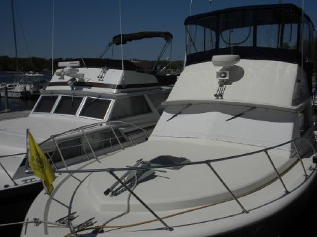 1976 360 Chris Craft Commander