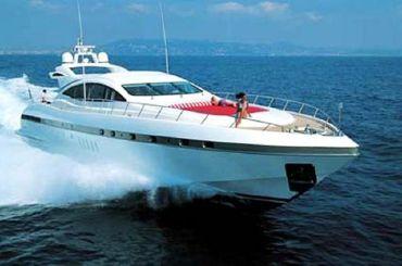 2005 Overmarine Mangusta 92
