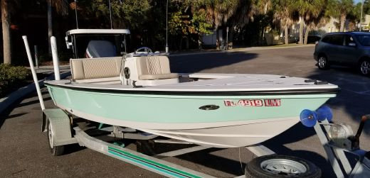 2001 Hewes 16 Redfisher