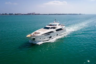 thumbnail photo 0: 2012 Ferretti Yachts Custom Line 100