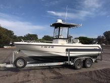 2007 Boston Whaler 210 Outrage