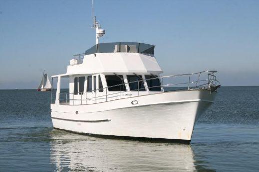 2011 Trawler Yacht 40 ft