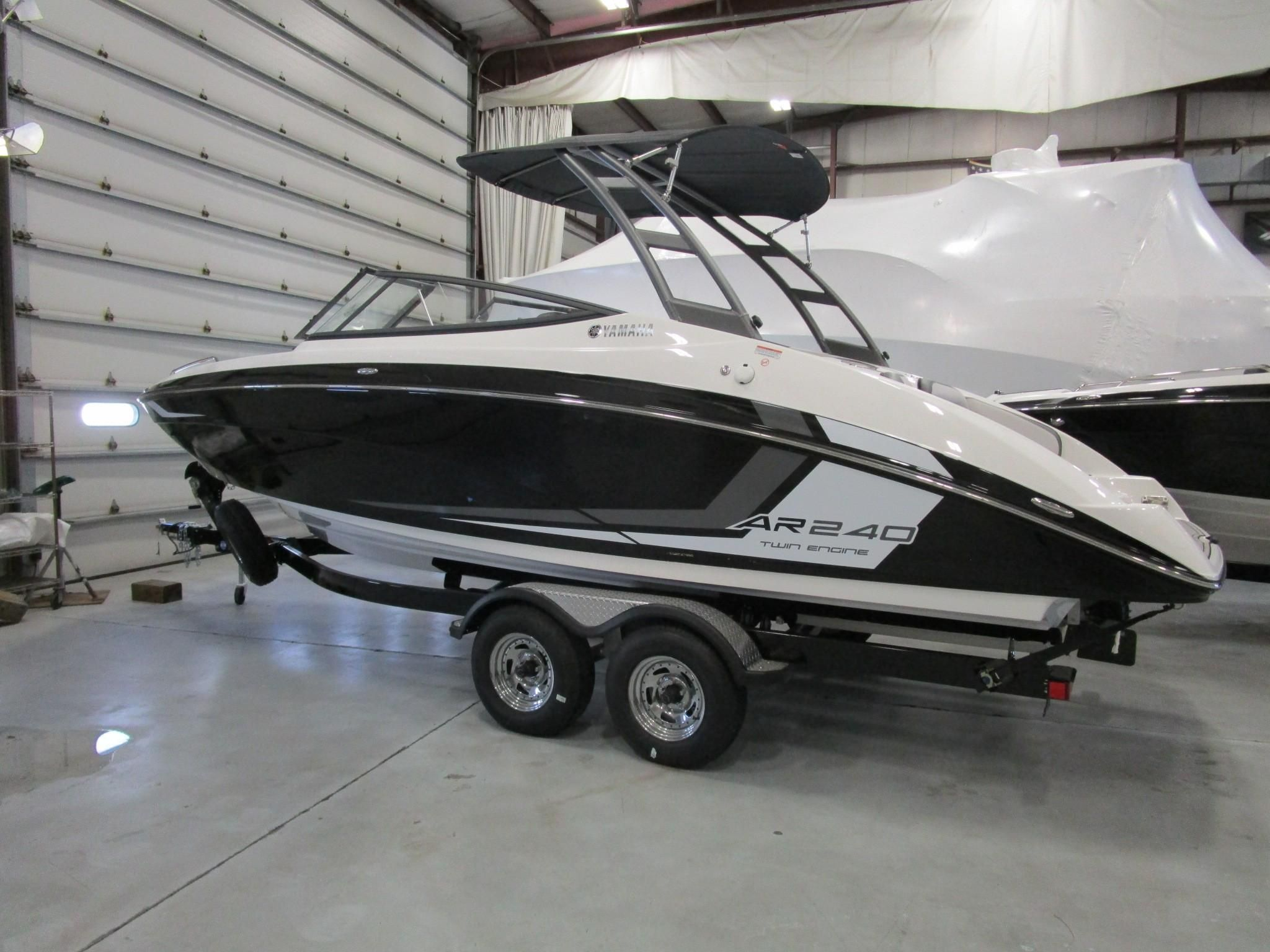 2018 yamaha boats ar 240 power boat for sale www for Boat motors for sale in arkansas