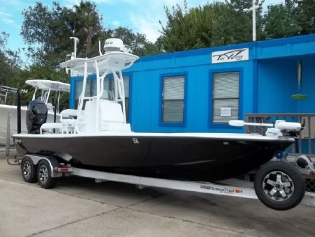 2015 Yellowfin 24 Bay CE