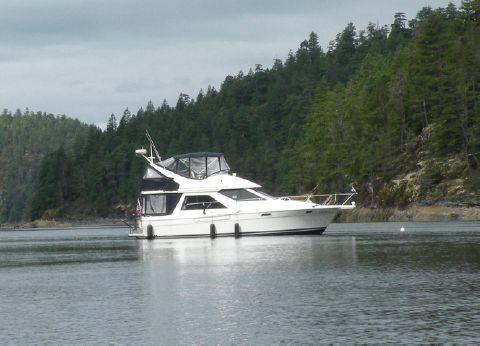 1997 Bayliner 3788 Command Bridge Motoryacht