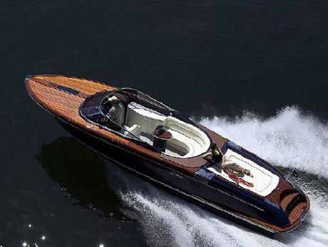 2006 Riva 33' Aquariva
