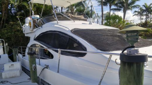 2001 Azimut 42 Motor Yacht