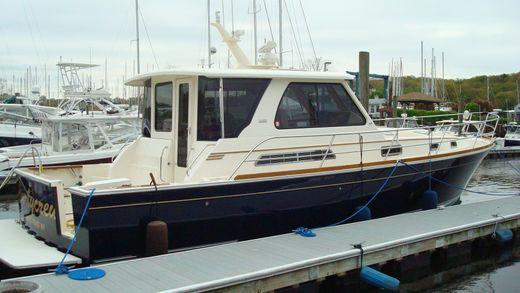 2005 Sabre Yachts 42 Hardtop Express
