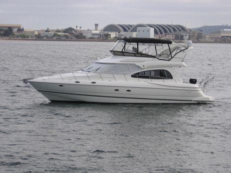 1999 Cruisers Yachts 5000 Sedan Sport