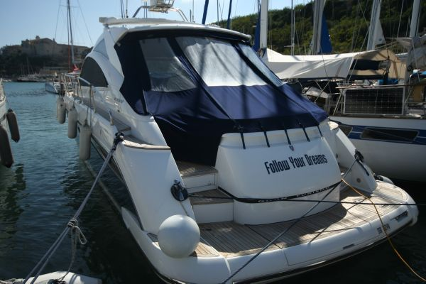 A brilliant example of the sought after Fairline Targa 47 GT hard top.