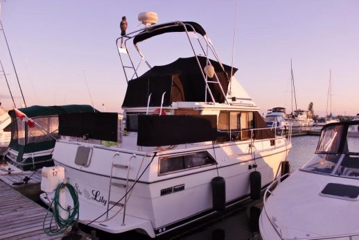 1988 Prowler 315 Sundeck (9M)