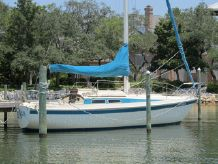 1982 Newport 27' Sloop