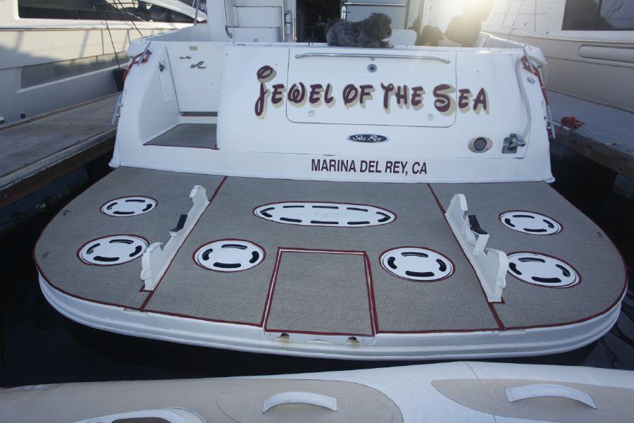 Sea Ray 480 Sedan Swim Platform