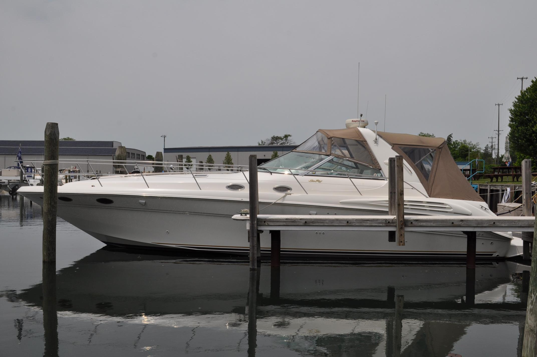 40 ft 1997 sea ray 400 sundancer (3116 cat diesel)