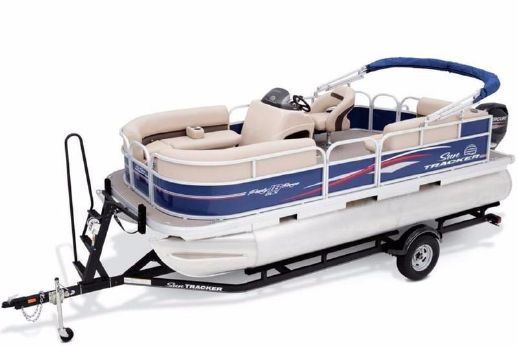 2017 Suntracker PARTY BARGE 18