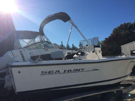 2006 Sea Hunt Triton 212