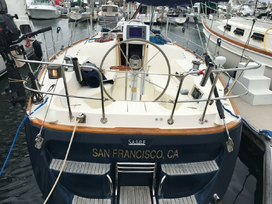 Sabre 386 Sailboat Stern
