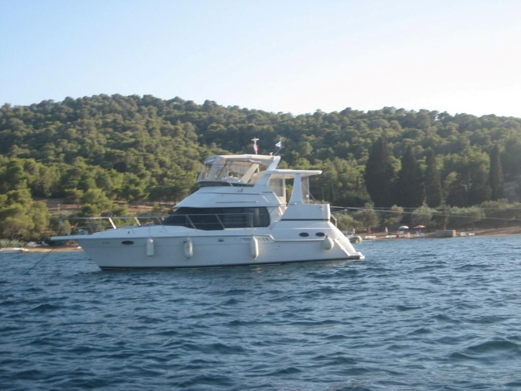 2000 carver 356 aft cabin motor yacht power boat for sale for Carver aft cabin motor yacht