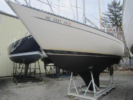 1976 Columbia Yacht 9.6