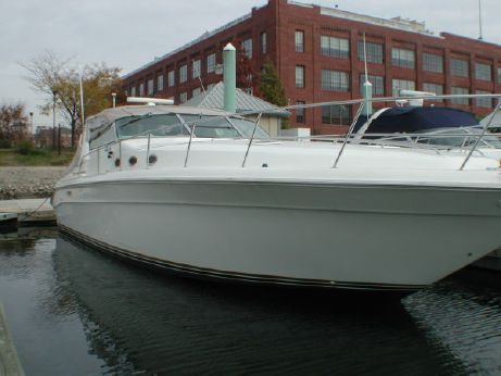 1995 . Sea Ray 440 Sundancer