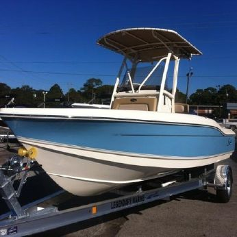 2015 Scout Boats 210 XSF