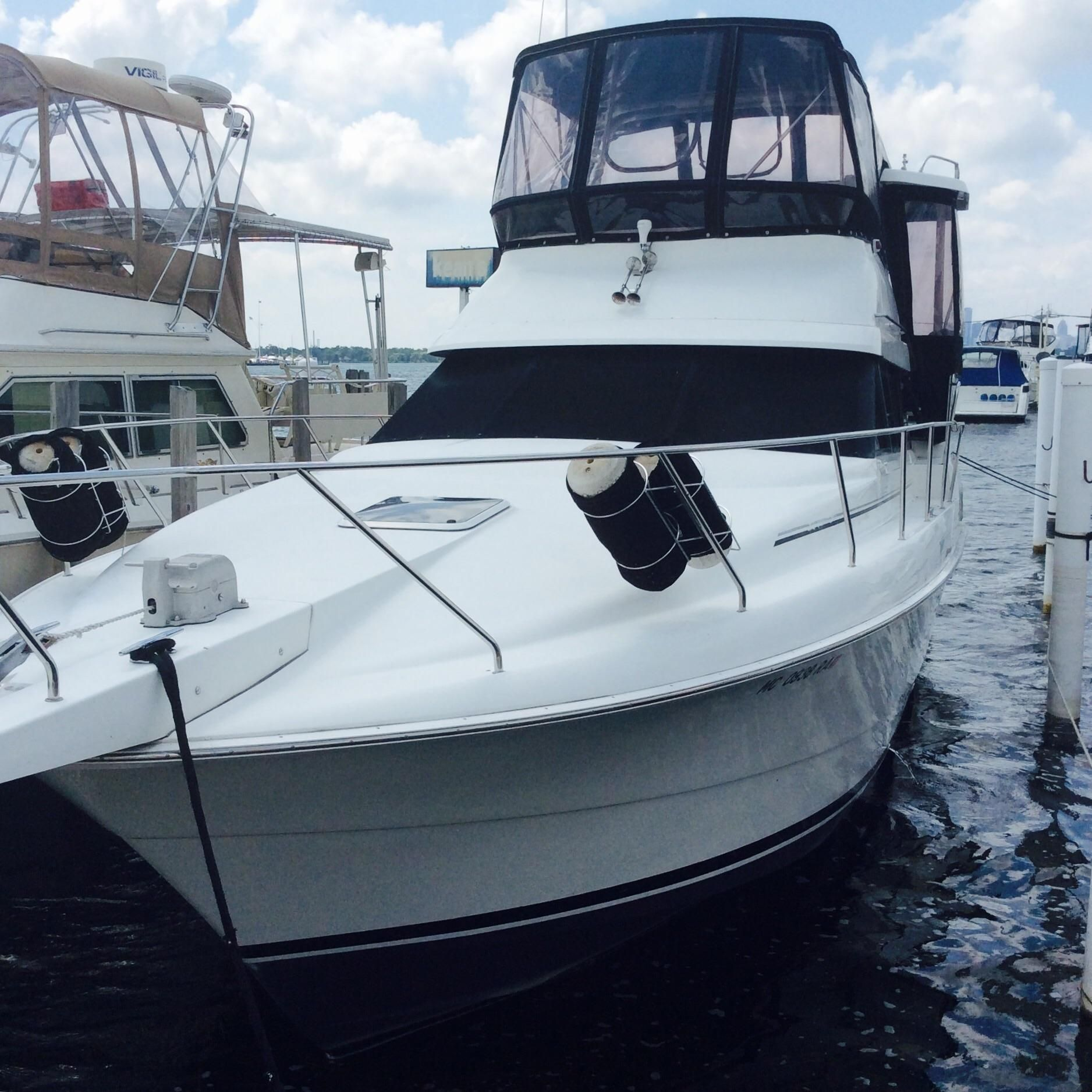 1993 Silverton 34 Aft Cabin Motor Yacht Power Boat For Sale