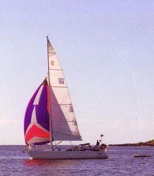 1993 Freedom 38