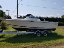 1998 Seaswirl Striper 2150 WA