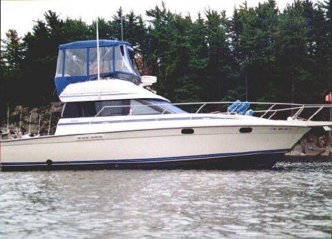 1990 Silverton 37 Convertible