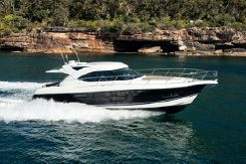 2016 Riviera 5000 Sport Yacht Next Generation