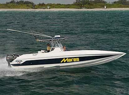 2006 Mares 38 Center Console