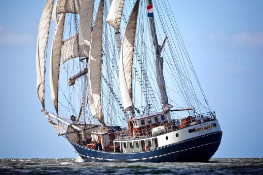 1980 Barquentine three mast barquentine