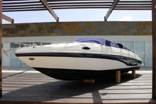 2003 Rinker 232 Captiva Cuddy