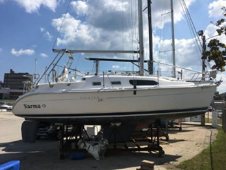 2005 Hunter Marine 306