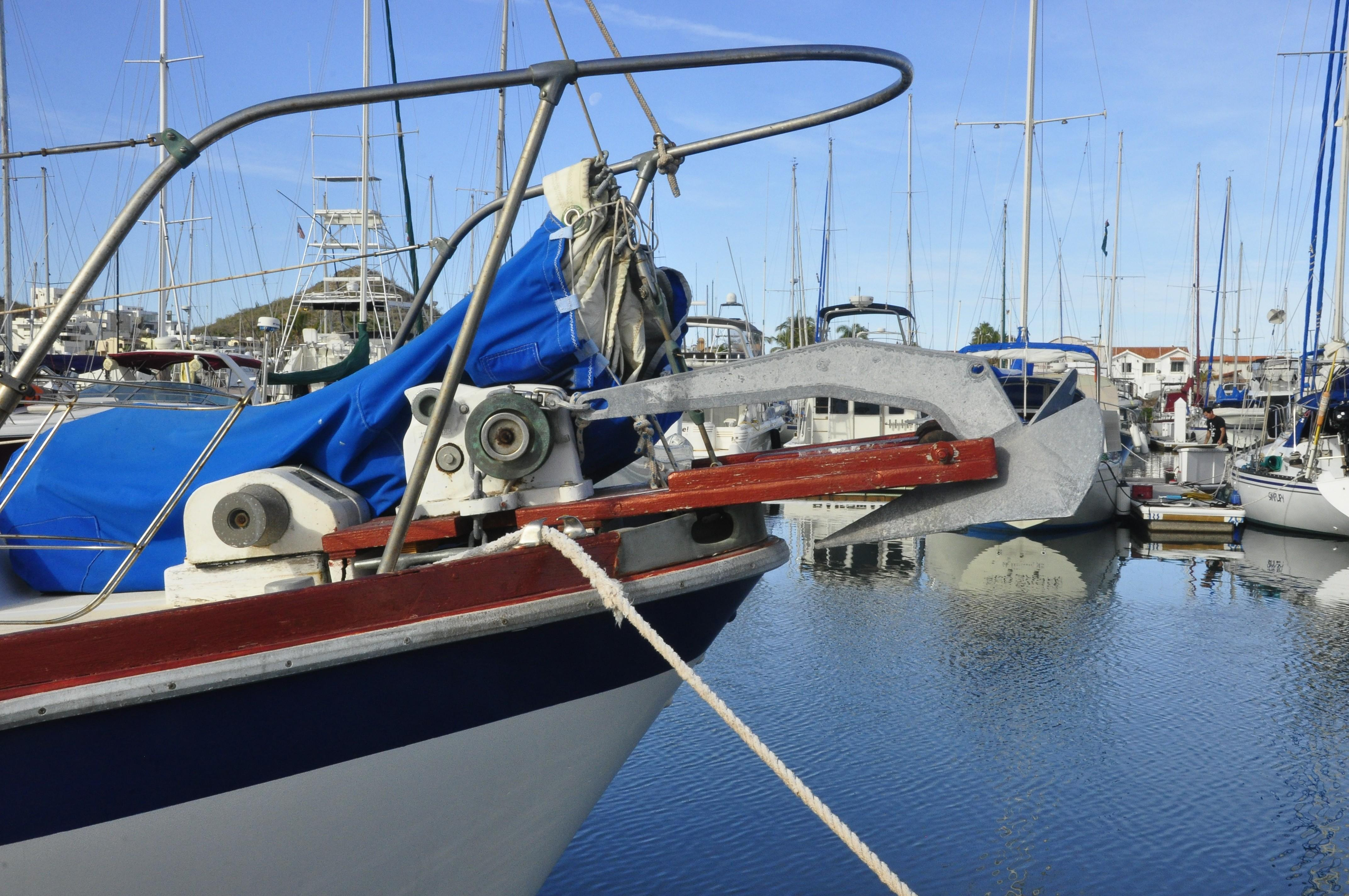 36' Gulfstar Motorsailor+Photo 8