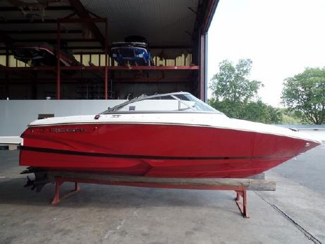 2015 Regal 1900 ES Bowrider with 200 HP