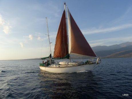 1982 Bruce Roberts Offshore 38 Ketch