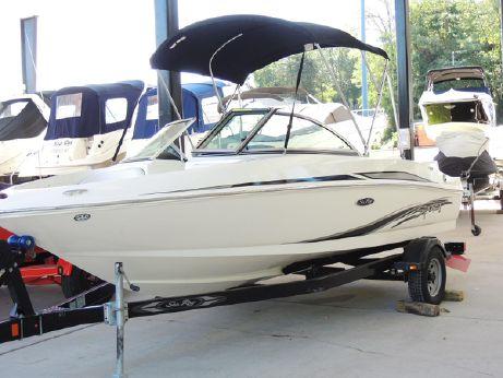 2011 Sea Ray 175 Sport
